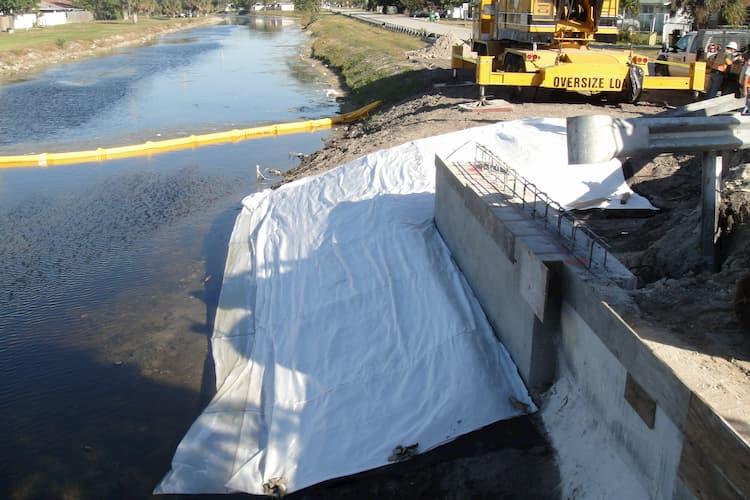 Bridge abutment before HYDROTEX installation